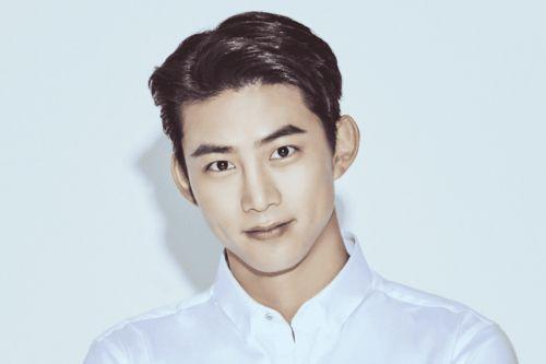 Foto Terbaru Taecyeon 2PM