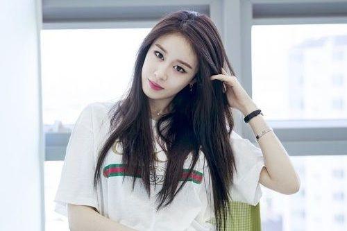 Foto Idol Tercantik Korea Jiyeon T-ara
