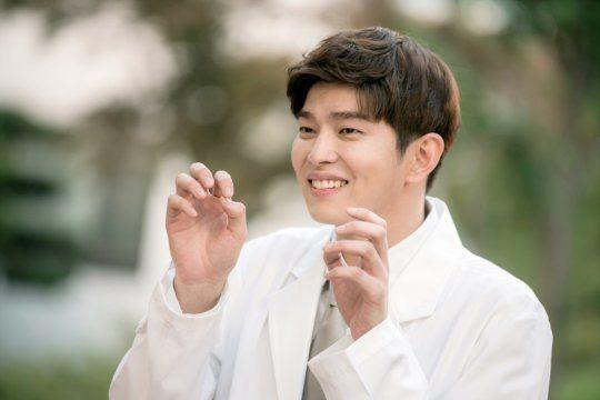 Foto Yoon Kyun Sang Doctors
